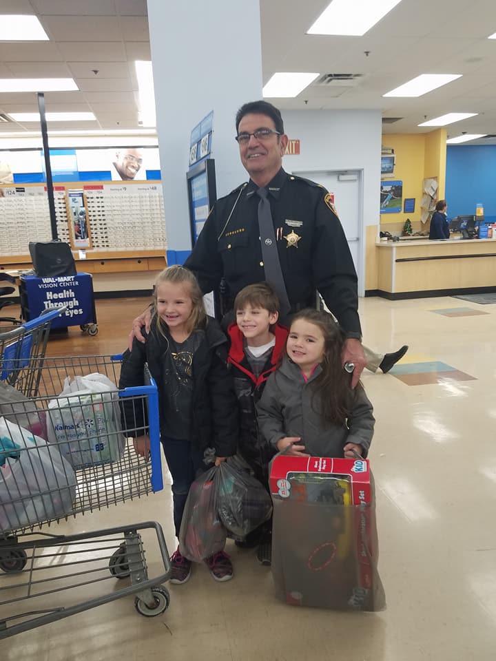 2017 Shop with a Cop 2